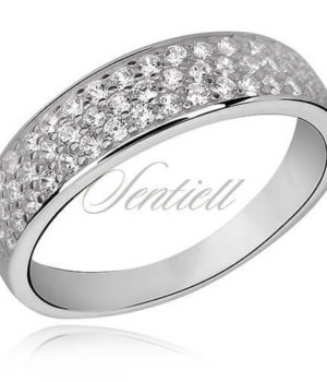 Classic ring with white zirconia