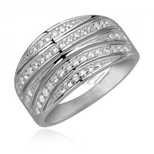 Elegant ring with White CZ