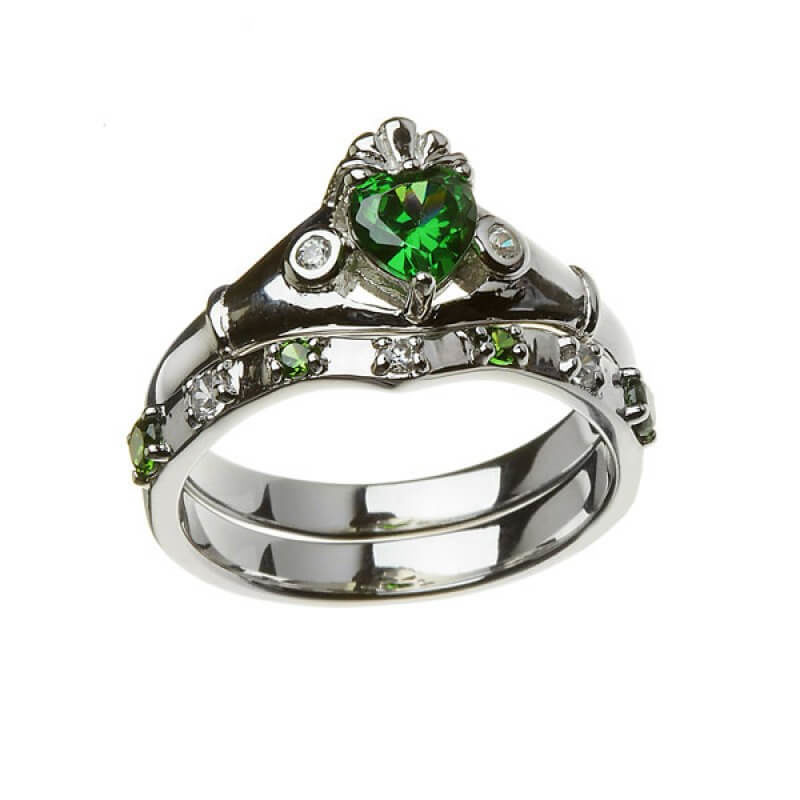 Emerald Claddagh ring with matching band - 1